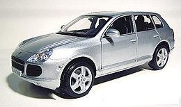 1/18 Maisto Коллекционная модель Porsche Cayenne Turbo