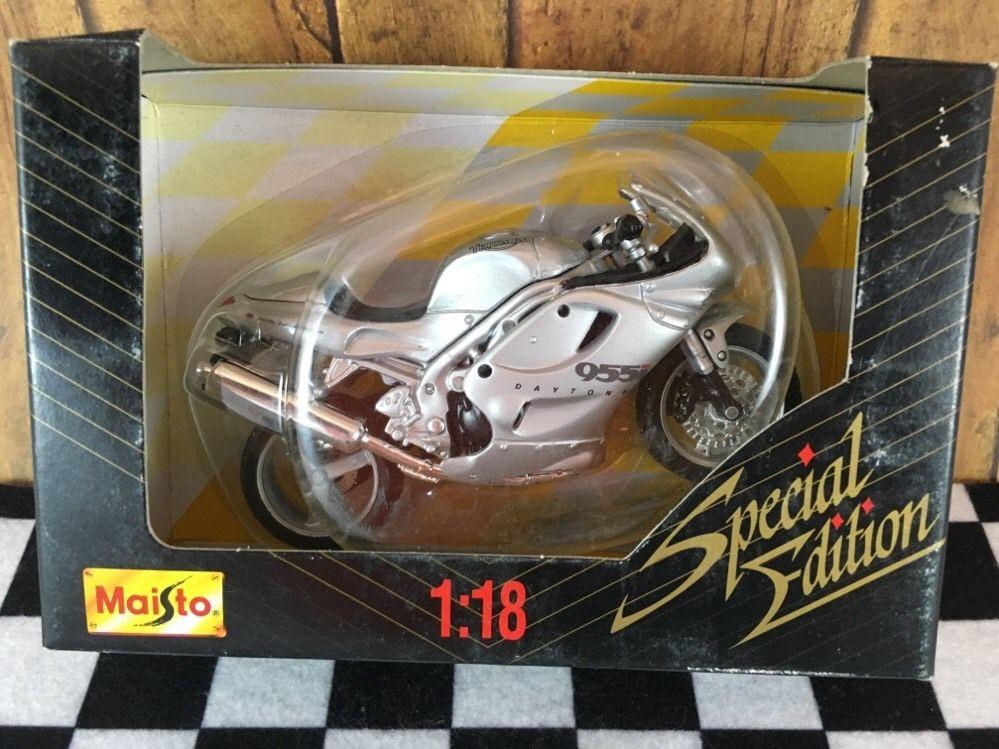 1/18 Maisto Triumph Daytona 955i