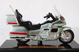 1/18 Maisto Honda Goldwing 1500SE