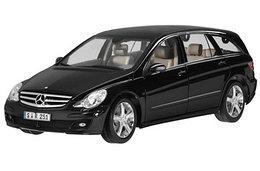 1/18 Minichamps Коллекционная модель Mercedes-Benz R-класс W251 2006