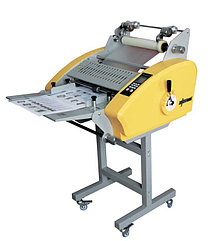 Yellow 3866 - рулонный ламинатор с автоматической фрикционной подачей