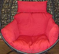 Плетеное подвесное кресло из искусственного ротанга, на ножке-стоянке, фото 1