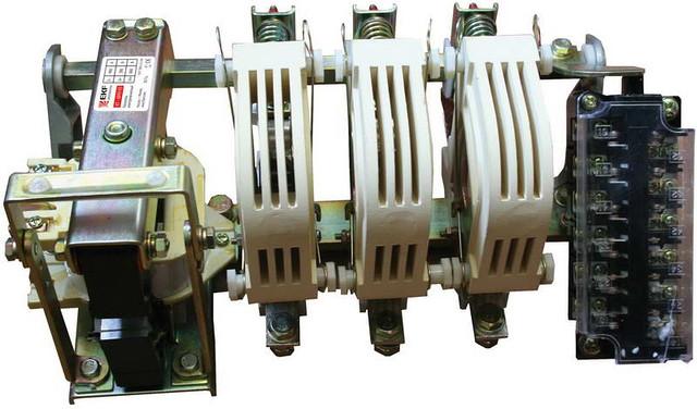Контактор КТ-6053  630А