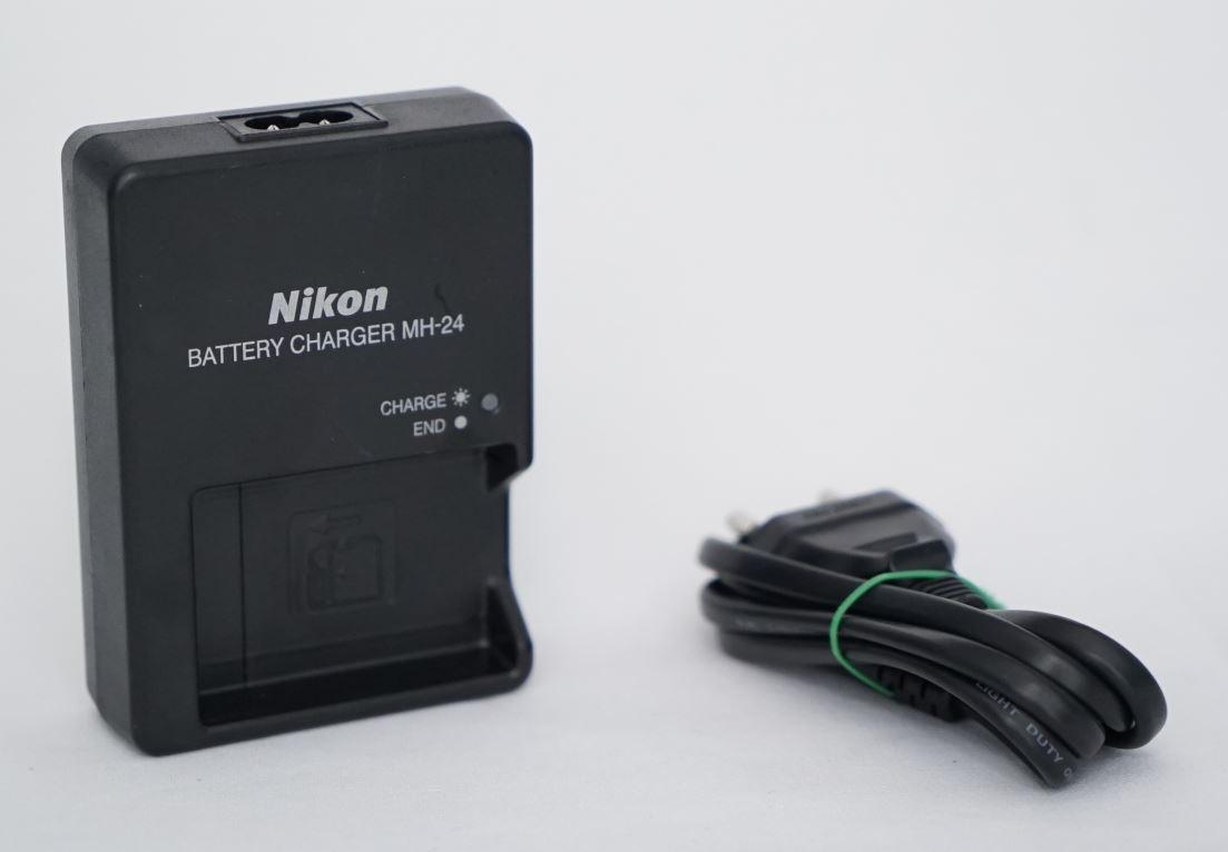 Зарядное устройство MH-24 на Nikon D600 D610 D750 D800 D800E D810 D3100 D3200,D5100 D5200, D7000 / на EN-EL14