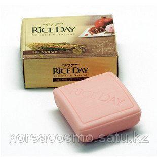 Рисовое мыло CJ LION Rice Day Гранат и пион