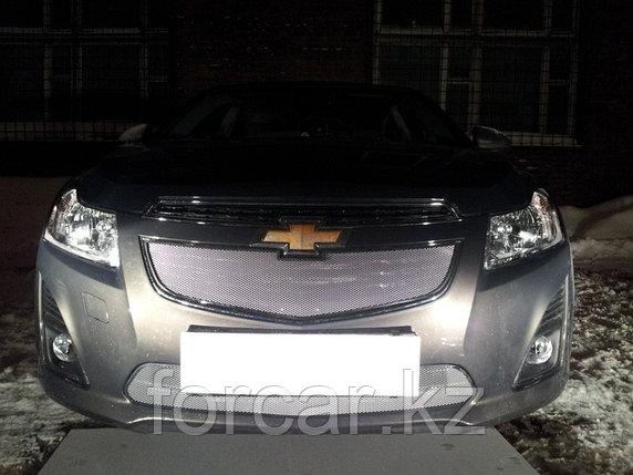 Защита радиатора Chevrolet Cruze 2013- black верх, фото 2
