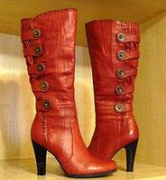 Сапоги красные женские