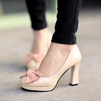 Туфли лакированные с бантом