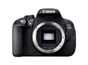 Цифровая зеркальная фотокамера Canon EOS700D Body