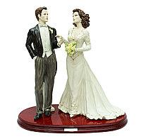 Фарфоровая статуэтка Свадебная пара. Италия, ручная работа