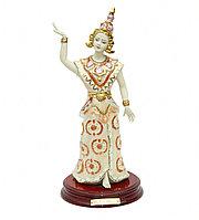 Фарфоровая статуэтка Девушка Тайланд. Ручная работа, Италия