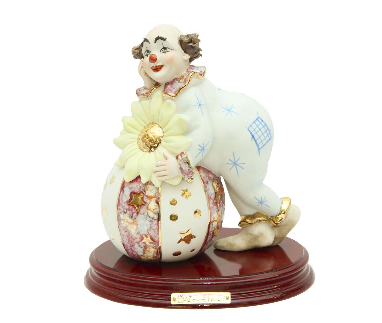 Фарфоровая статуэтка Клоун с магическим шаром. Ручная работа, Италия