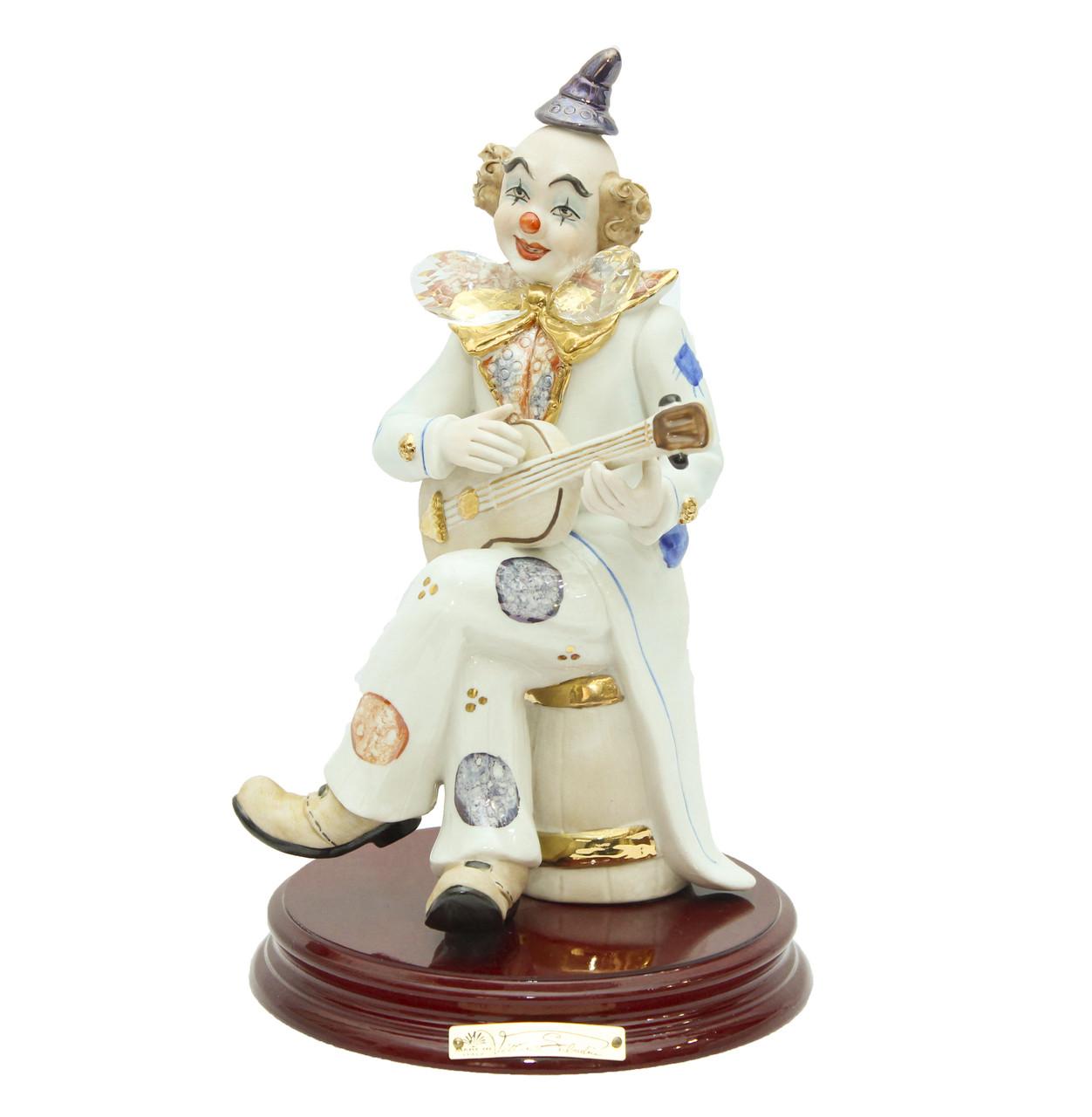 """Фарфоровая статуэтка """"Клоун с мандолиной"""". Ручная работа, Италия"""