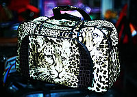 Женская сумка-саквояж, с наружным кармашком (леопардовый рисунок)