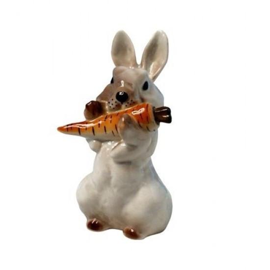Скульптура Заяц с морковкой. ИФЗ