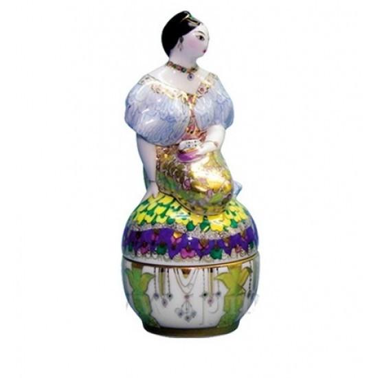 Туалетная коробочка Дама в золотом платье. Фарфор, ИФЗ, авторская работа