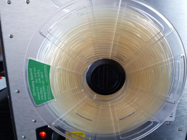 Так же клиент предпочел PLA пластик натурального окраса (без красителей)...