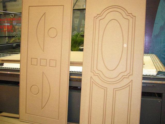 Изготовление дверей - одна из самых востребованных задач, ставящихся перед фрезерно-гравировальными станками с ЧПУ.