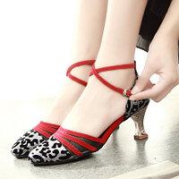 Обувь для танца