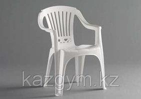 Стул пластиковый, белый