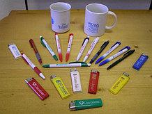 Печать на ручках, зажигалках, брелках и предметах сувенирки