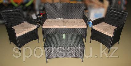 Набор мебели, диван + стол+2кресла (из искусственного ротанга)