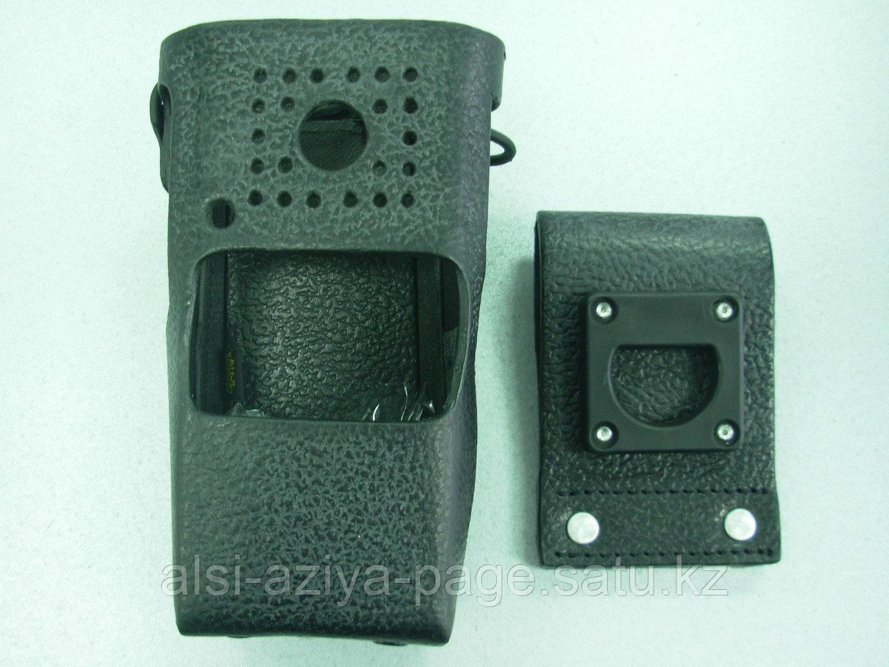 Чехол кожаный для Motorola CP160