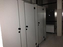 Туалетные кабины в КазНУ имени АЛЬ-ФАРАБИ