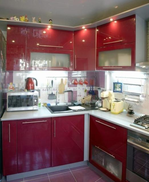 Мебель на заказ для маленькой кухни