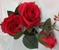 Ветка розы с капельками росы (красная) искусственная, фото 1