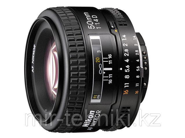 Объектив Nikon 50mm f/1.4D