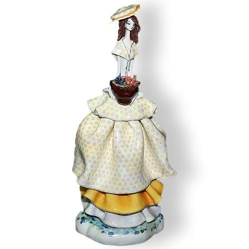 Статуэтка Леди с цветами. Керамика, Италия, ручная работа