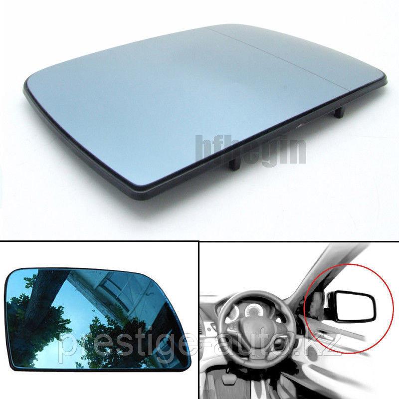 Стекло правого зеркала на BMW X5 E53 c подогревом
