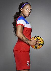 Женские клубные футбольные формы