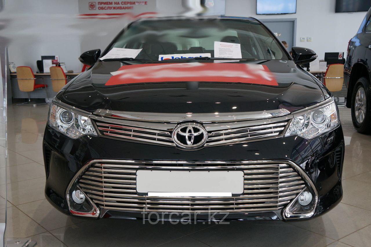 Решётка премиум класса на Toyota Camry 55 (верх и низ)