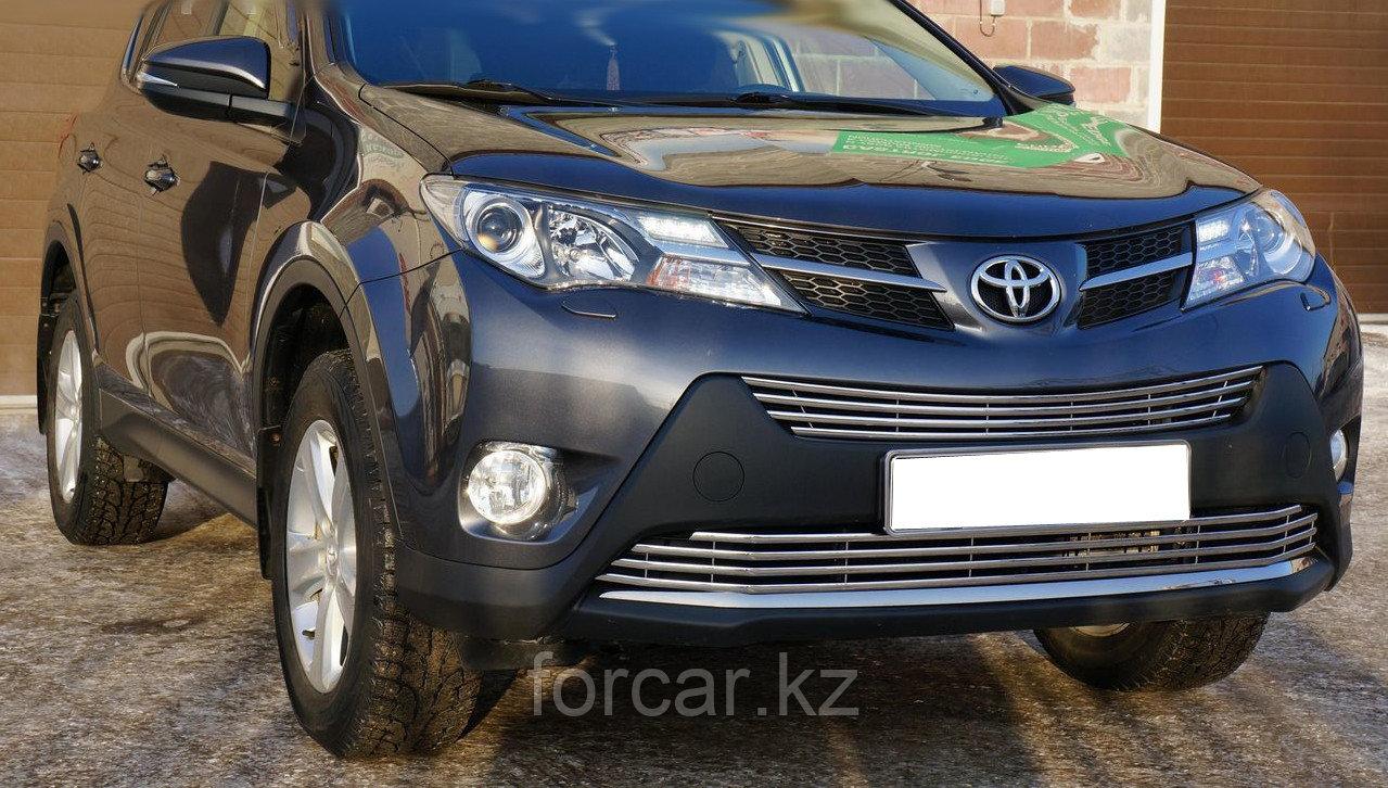 Решётка премиум класса на Toyota RAV4 до 2016г. (Верх)