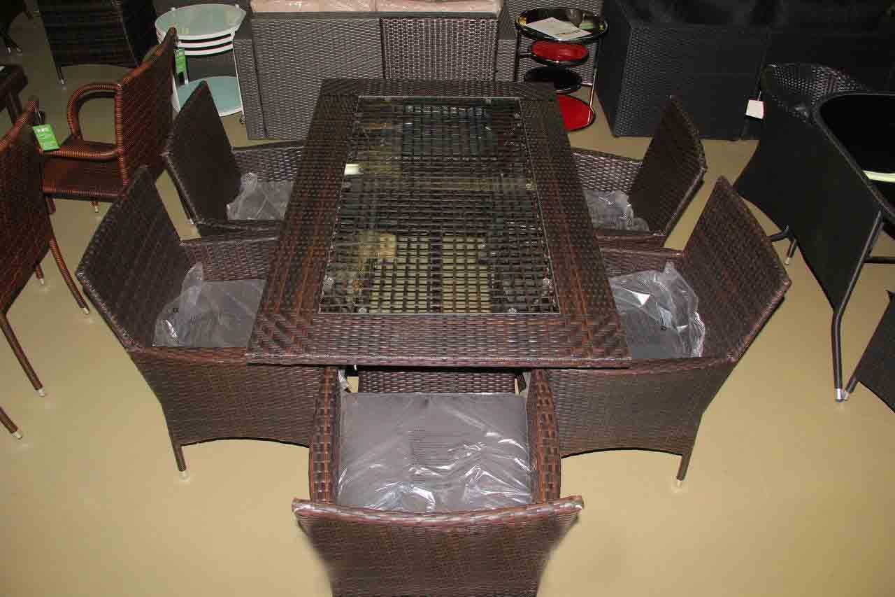 Стол и 6 кресел из искусственного ротанга