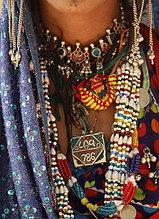 Ожерелья, бусы и колье
