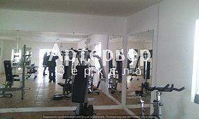 Зеркало в спортивный зал 7