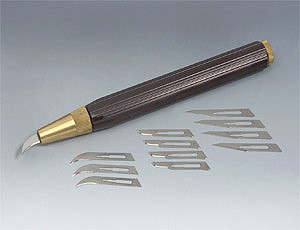 Нож Veritas резчицкий с 12-ю сменными лезвиями