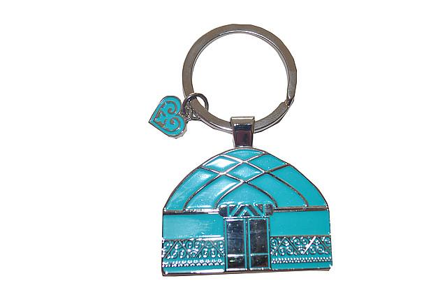 Брелок с символикой юрты из металла в подарочной упаковке