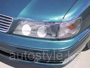 Защита фар Nissan Maxima A32 (очки черн.кант) AirPlex