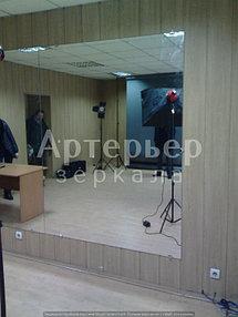 Установка зеркала в помещении (фотостудия) 3