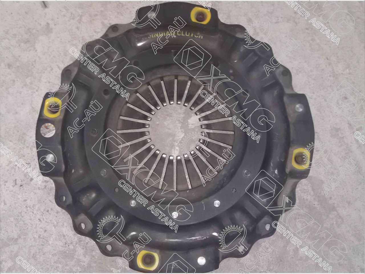 Ведущий диск сцепления AZ9725160110 290 лс HOWO