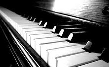 Клавишные, цифровые пианино и синтезаторы