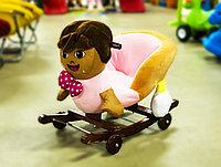 Детская качалка с колесами в форме игрушки (розовая), 37х58х50см