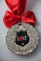 Любимым медаль, фото 1