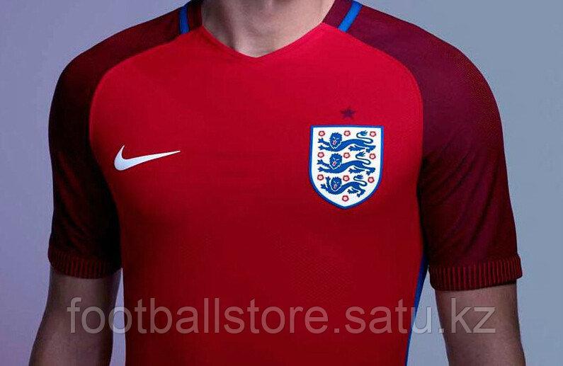 Футбольная форма Национальной Сборной Англии 2016 г. гостевая