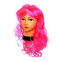 Розовый карнавальный парик с челкой
