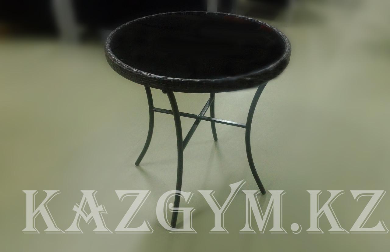 Стол круглый из ротанга